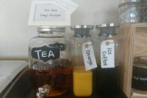 アイスコーヒー&オレンジジュースあります! -神保町店紹介Vol.4