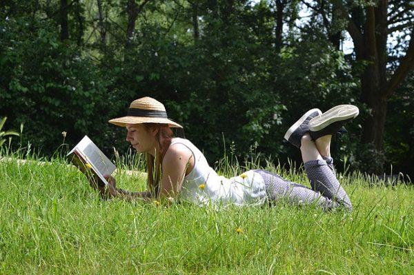reading-book-1500650_640