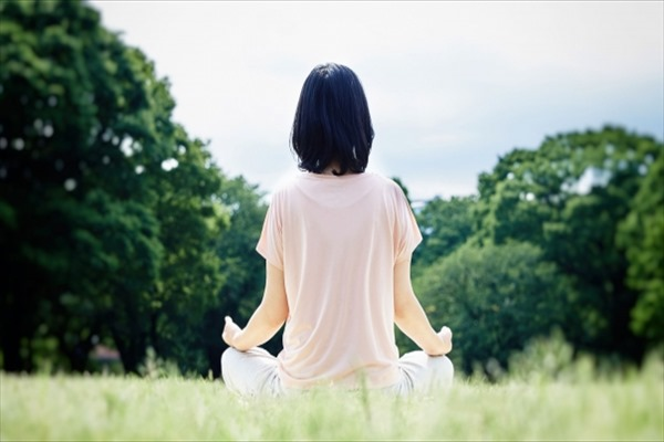 誰かに教えたくなる BasisPoint流『 Working YOGA×瞑想 』 ~椅子に座りながら「パソコン疲労回復&集中力アップ」~